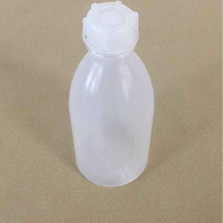 Plastflaske 250 ml med skruelåg